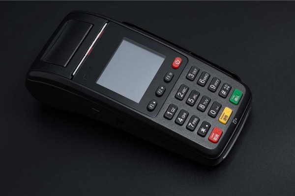 pos刷卡机在使用的时候有什么要注意的?